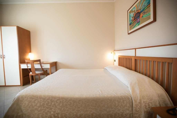 duemari-hotel-33F9E6386F-E360-1F03-874E-1DE7165C8F7A.jpg