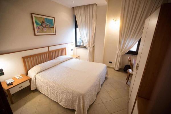 duemari-hotel-37C24E5B91-4CE2-58BA-CC38-49F912A24963.jpg